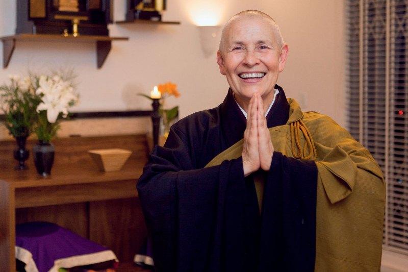 Zen-budista Monja Coen ministra palestra no Theatro Via Sul