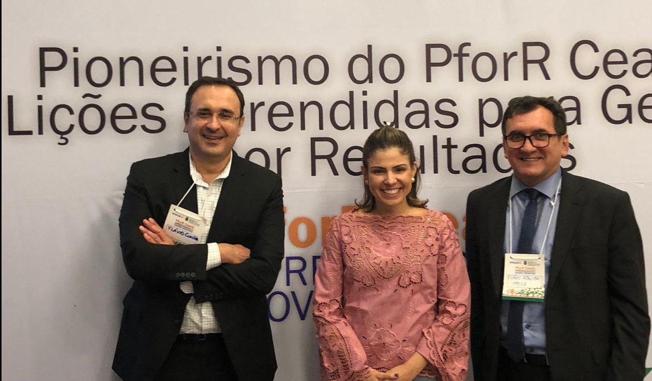Carol Bezerra discute a importância de investimentos na infância
