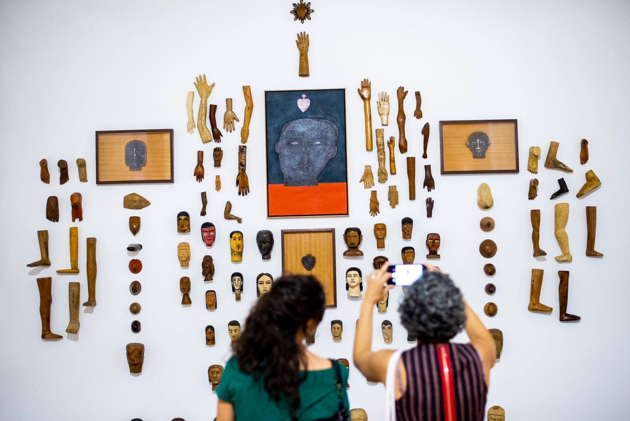 Exposição Zé Tarcísio em cartaz, em Quixadá