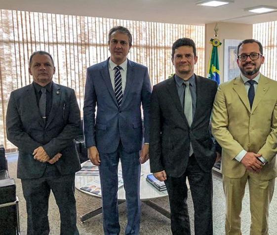 Chefe do Executivo Cearense em reunião com Sergio Moro, em Brasilia