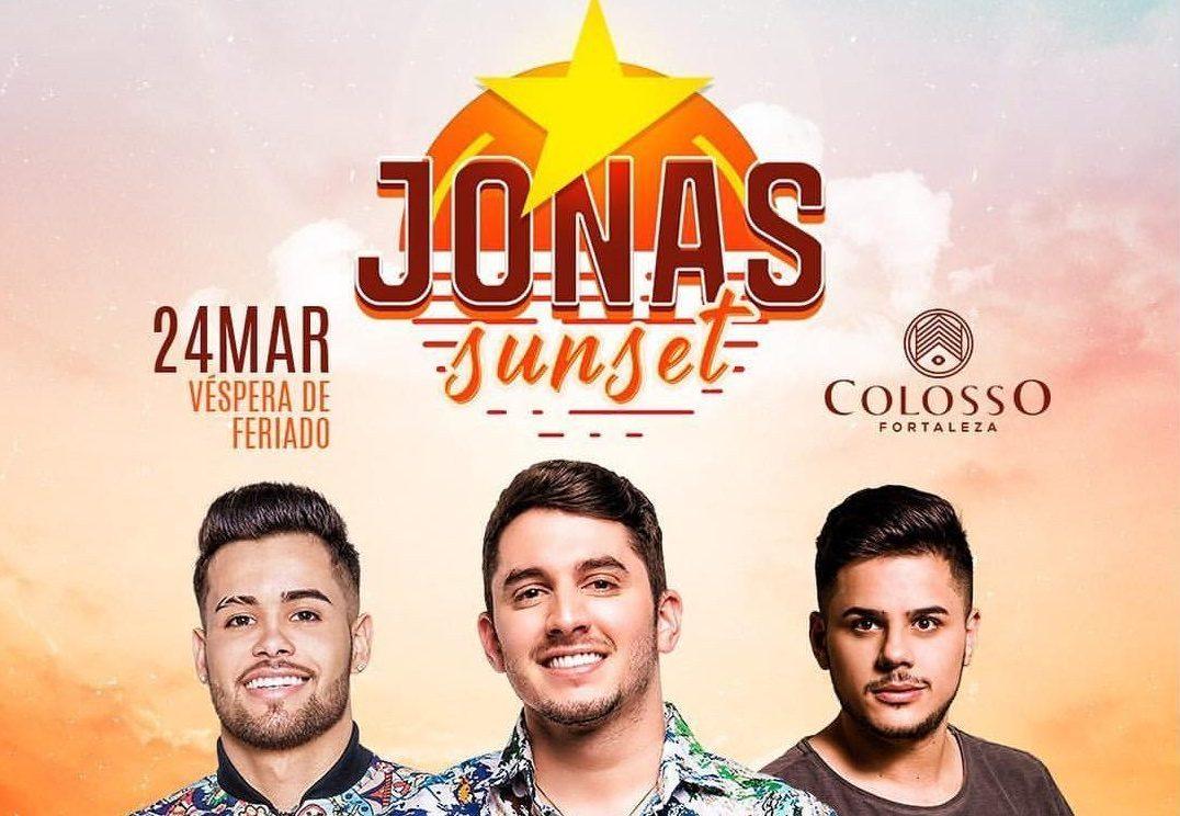 Embalado por novos hits, Jonas Esticado comanda festa 'Jonas Sunset'
