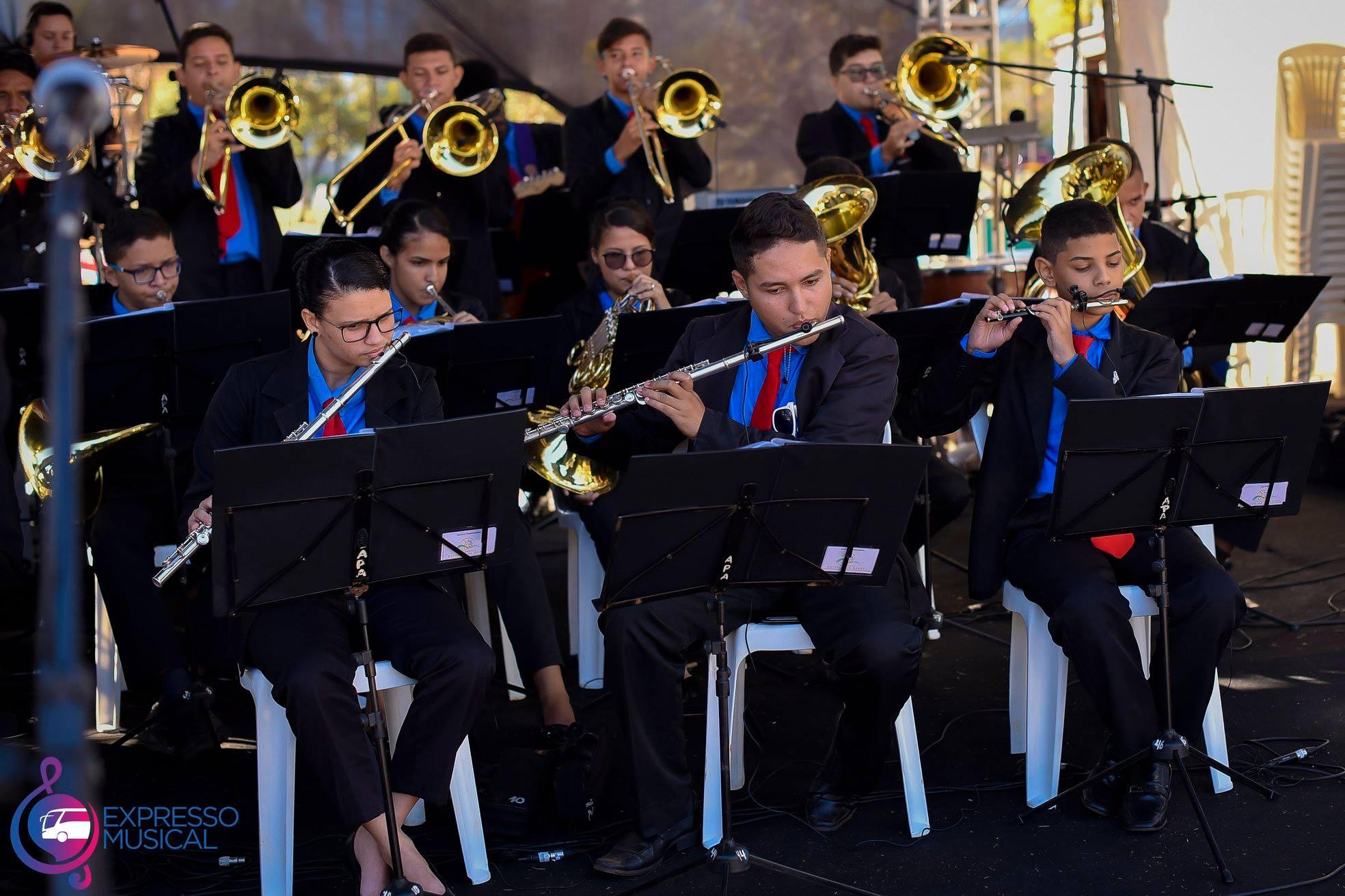Clássicos na Lagoa apresenta orquestra de alunos de escolas públicas