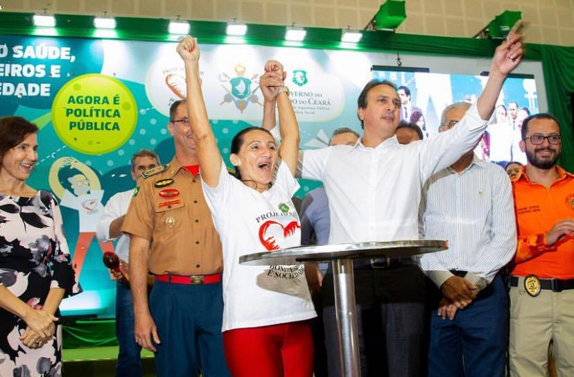 Camilo Santana sanciona lei que inclui o Projeto Saúde, Bombeiros e Sociedade como política pública estadual