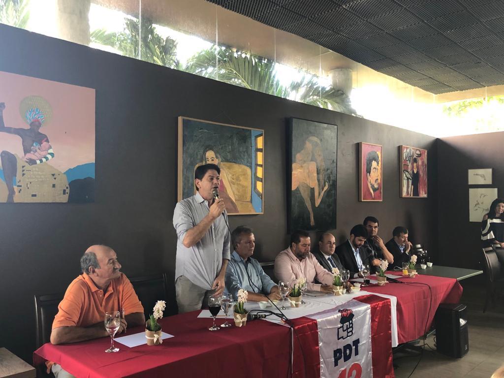 Cúpula do PDT se reune no Ceará