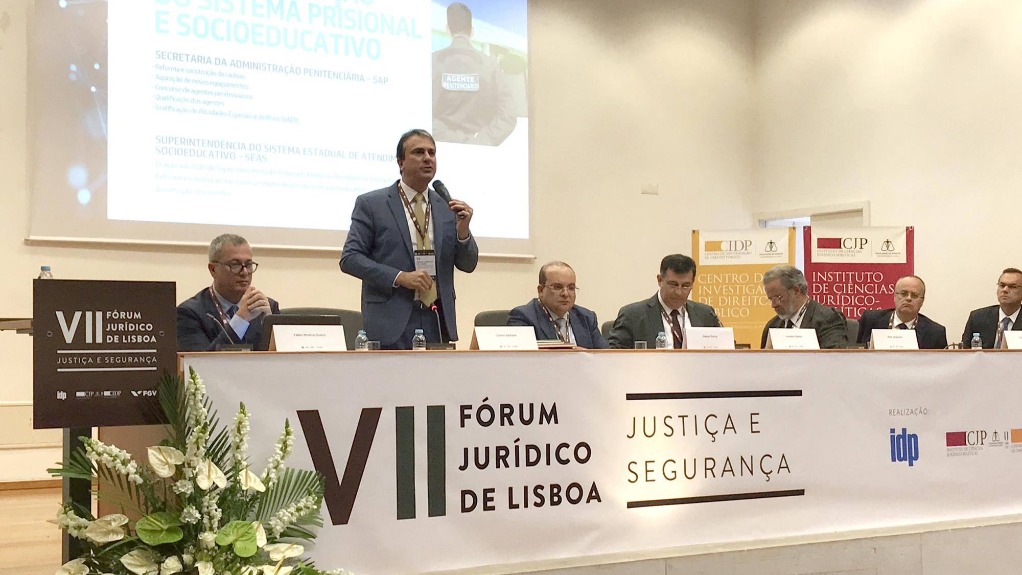 Em Lisboa, governador apresenta modelo para reforçar a segurança pública do Ceará