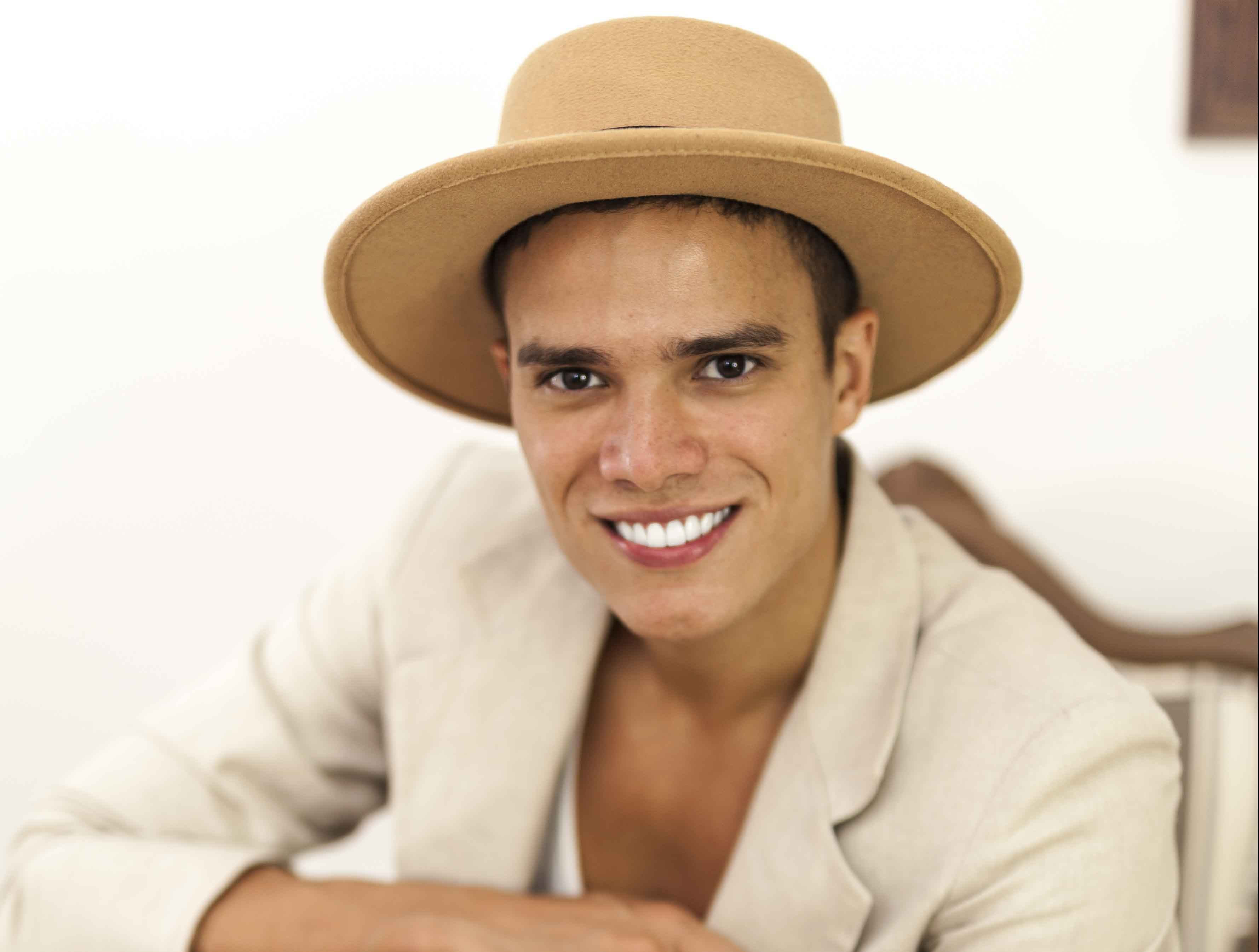 Marcos Lessa apresenta músicas autorais em show no Dragão do Mar