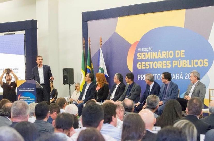 Camilo Santana esteve no Centro de Eventos para a abertura do VII Seminário Prefeitos Ceará 2019