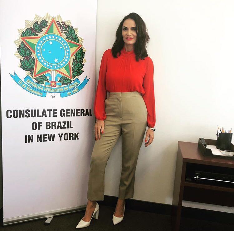 Luiza Brunet esteve na embaixada brasileira nos Estados Unidos