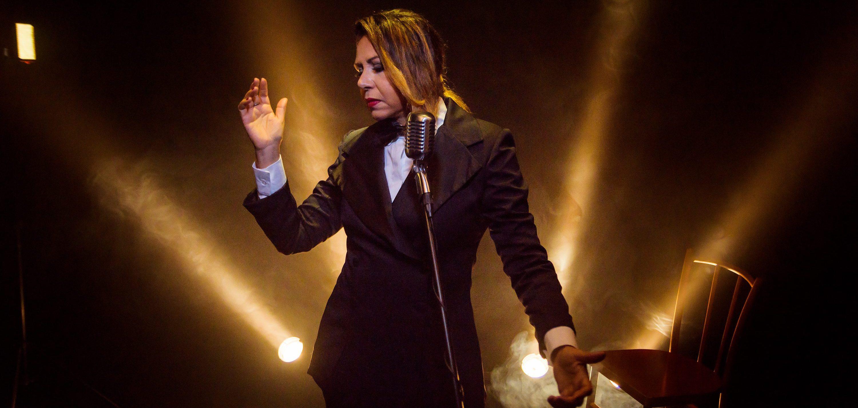 """""""Uma Saudade Chamada Nelson Gonçalves"""": Cristina Amaral faz homenagem ao cantor no Theatro Via Sul Fortaleza"""