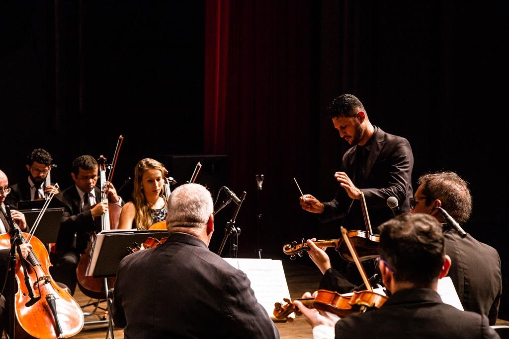 Orquestra Contemporânea Brasileira realiza concerto