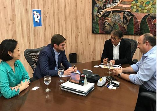 Arialdo Pinho recebeu cônsul da Espanha, em Fortaleza