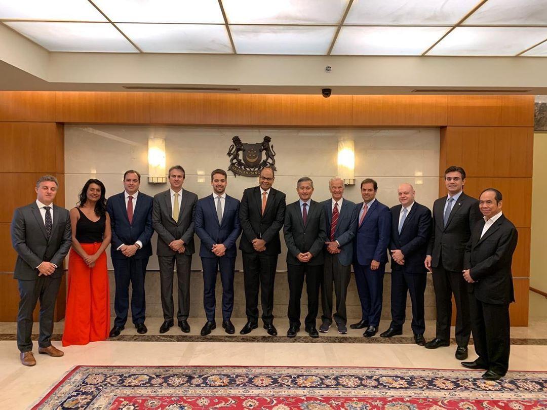 O governador Camilo Santana esteve no encontro com governadores e outras lideranças em Singapura