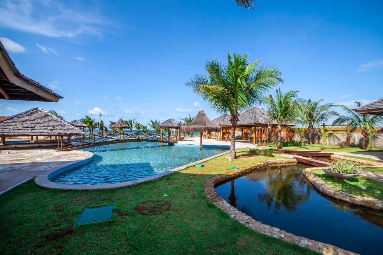 Complexo The Coral entrega beach club na praia de Guajiru