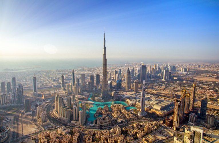 Silver Spirit: Dubai a Mumbai por Pier 1 Cruise Experts