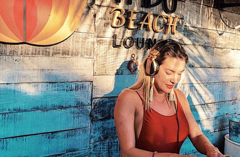 Prislla se apresenta com muita House Music no Yndú Beach Lounge