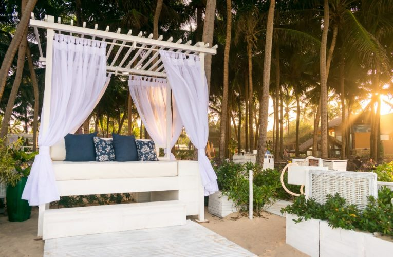 Espaço Bubble Lounge Beach Park traz novidades na estrutura com opções de almoço e drinks exclusivos