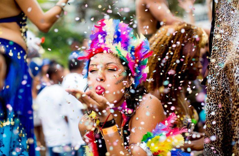 Feriado de Carnaval atrai 143 mil turistas para o Ceará