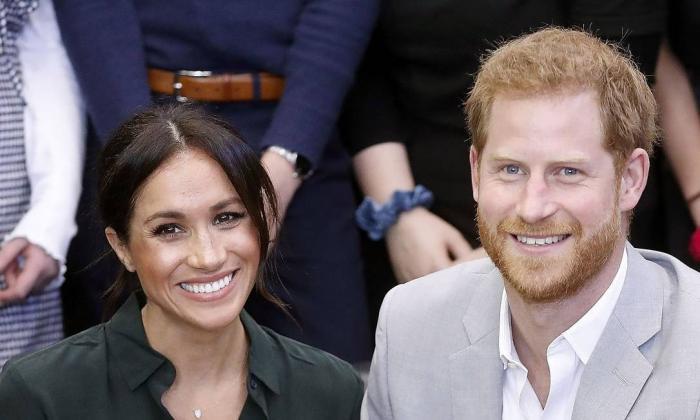 Harry e Meghan deixam oficialmente os deveres com a família real britânica