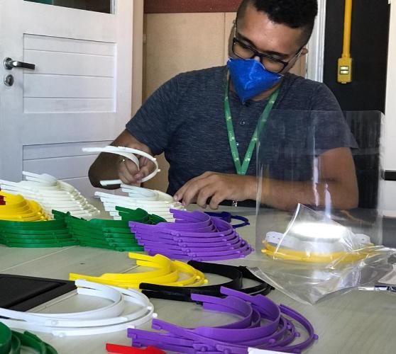 CriarCE produz mais de 200 peças de EPI para profissionais de saúde