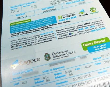 O governador do Ceará Camilo Santana suspende pagamento de contas de água e taxa de contingenciamento por 90 dias