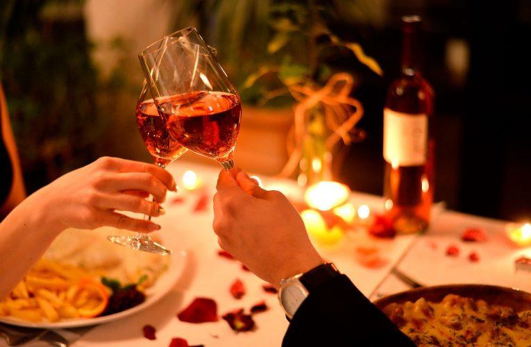 Restaurantes badalados de fortaleza oferecem combos para o dia dos namorados