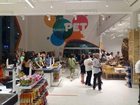 Luís Andre Bastos prepara expansão com abertura de nova loja da Mundo Pet em Fortaleza