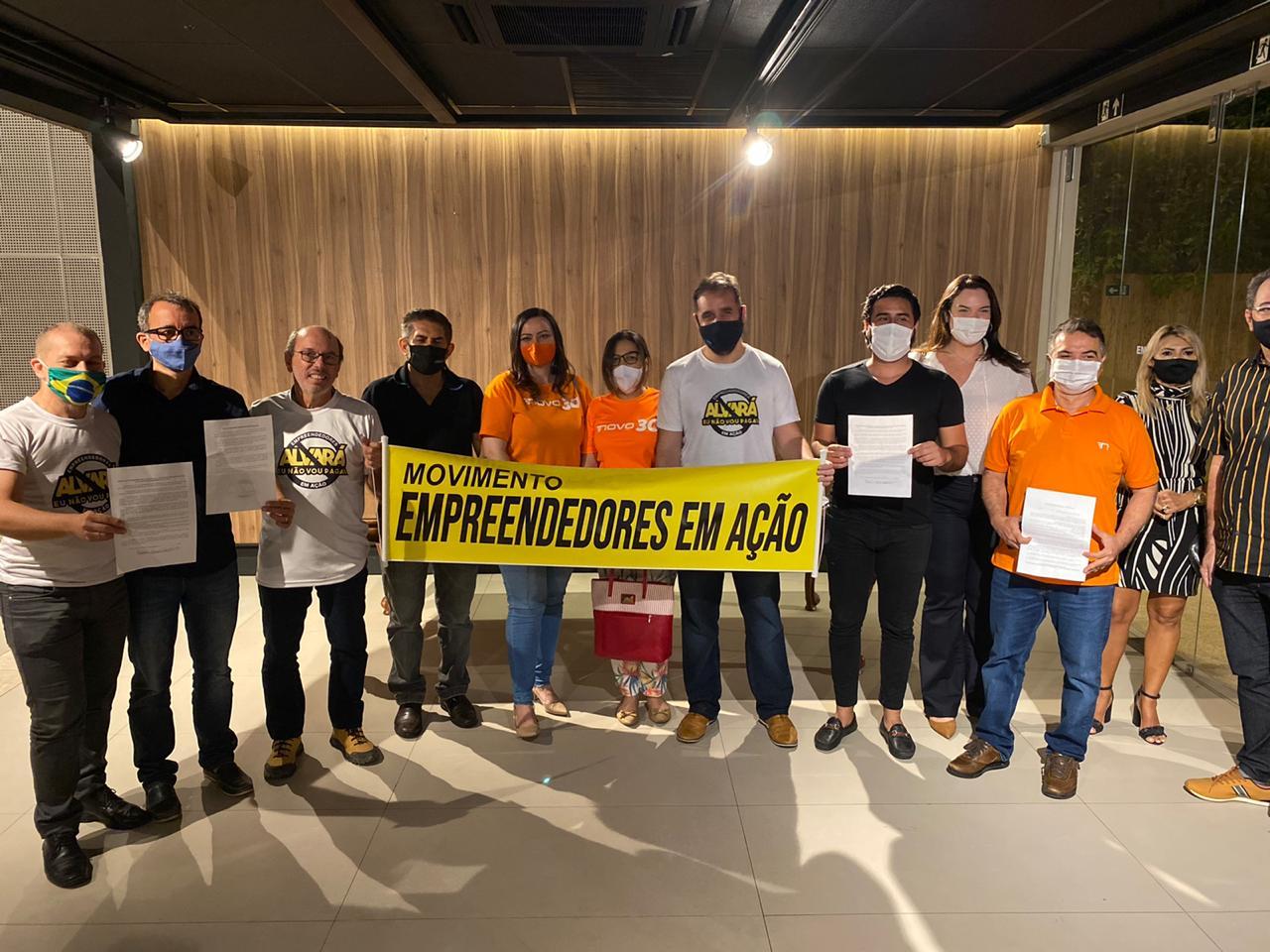 Candidatos assinam termo de compromisso em favor dos empreendedores de Fortaleza