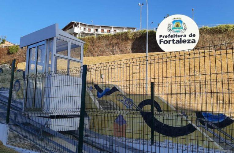 Mirante em Fortaleza (CE) ganha elevador sobre trilhos