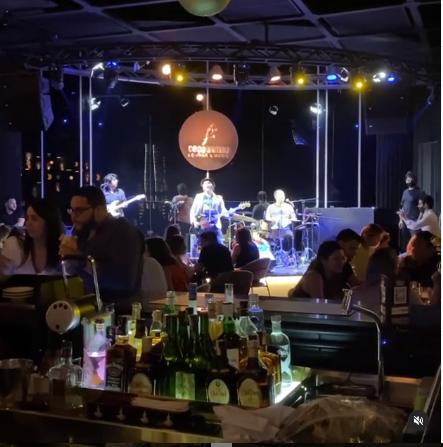 Coco Bambu Iguatemi Lounge & Music, a melhor casa de shows de Fortaleza.