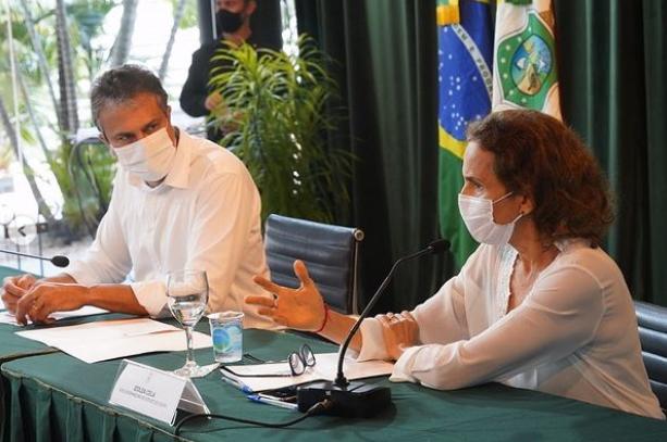 Governador Camilo Santana realiza reunião virtual com 130 prefeitos, secretários do estado e vice-governadora