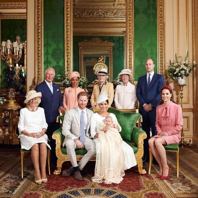 Documentário que rainha Elizabeth II não queria que ninguém visse vaza no Youtube