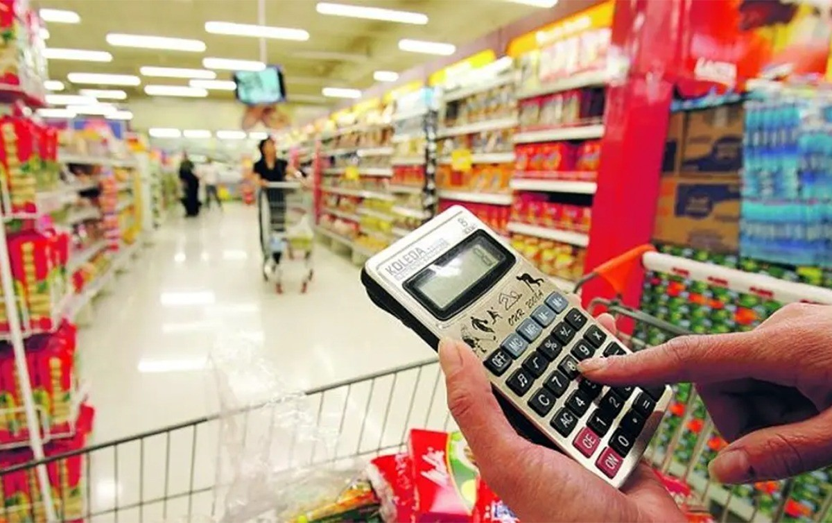 Preços de alimentos e produtos estão mais caros na Regional 6 indica nova pesquisa do Procon Fortaleza nos supermercados