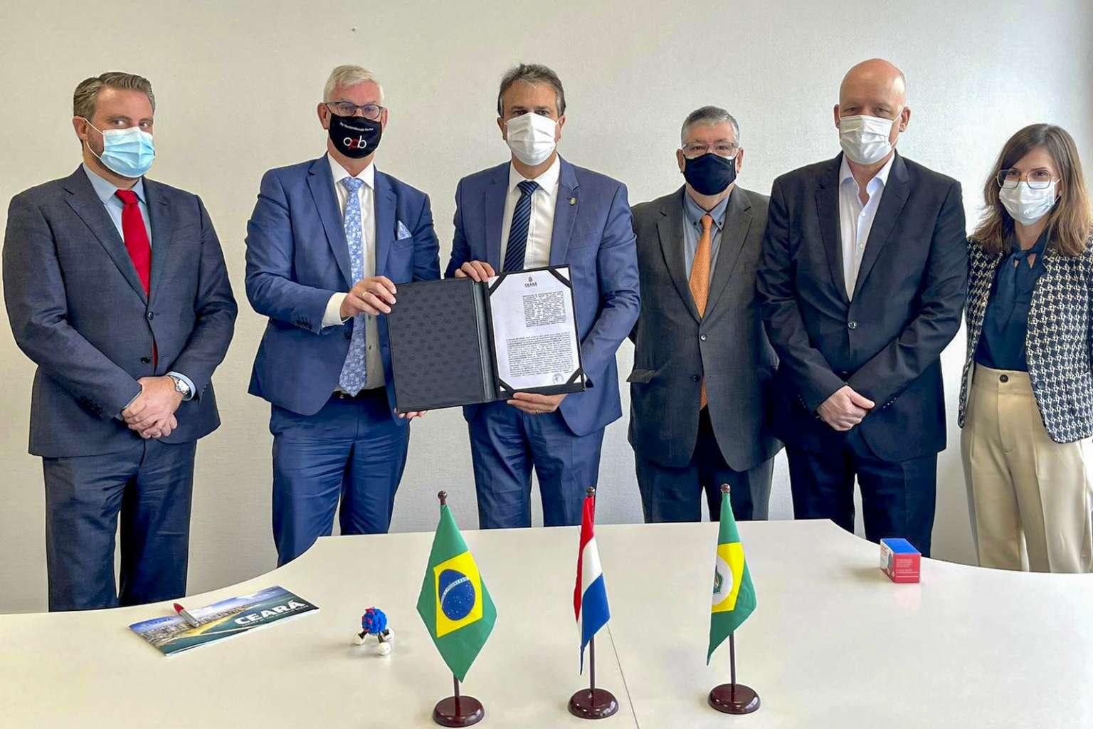Hidrogênio Verde: em Roterdã, Governo do Ceará assina memorando que prevê investimento de 2 bilhões de dólares